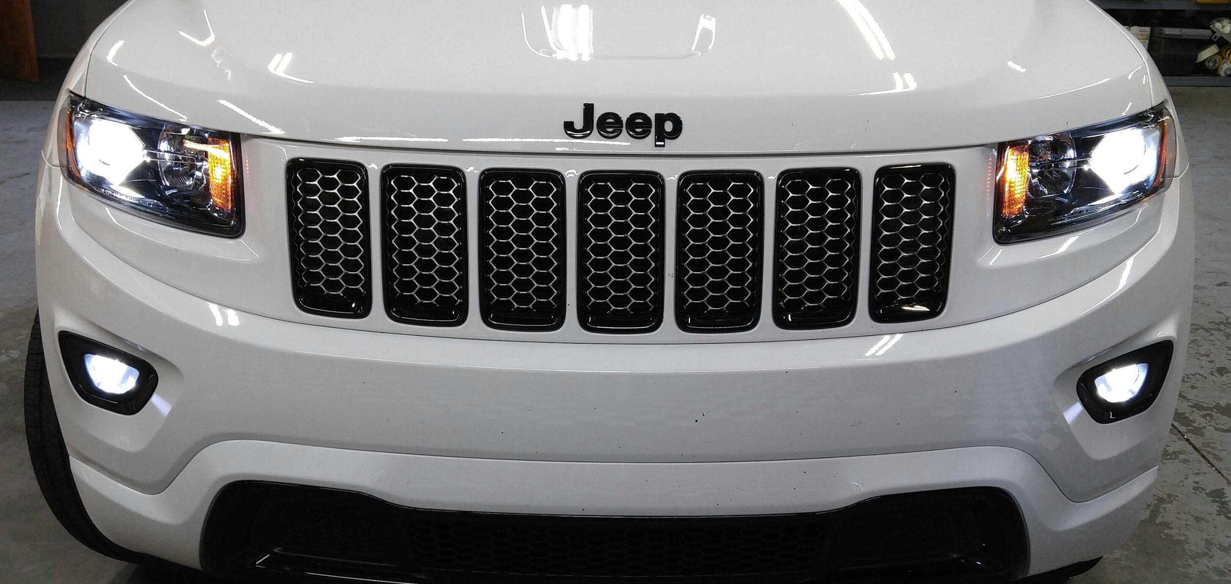 15 Jeep Grand Cherokee.jpg