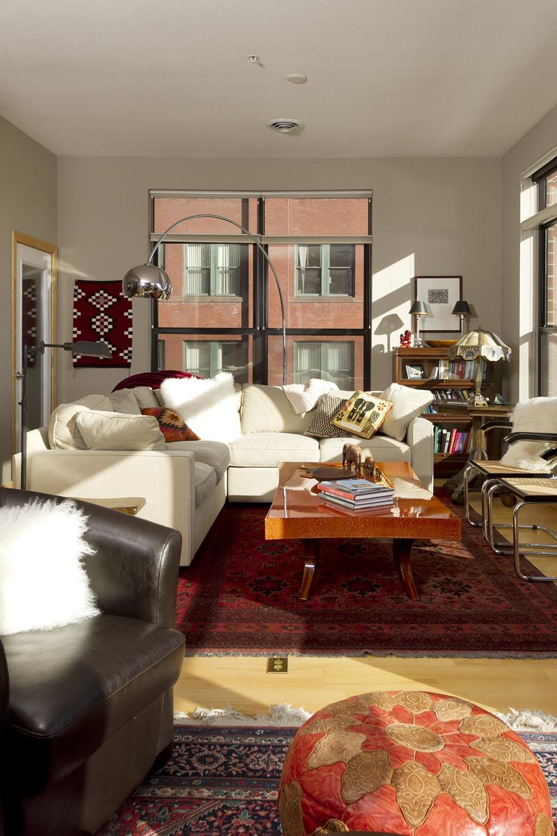 Web_living room 2.jpg