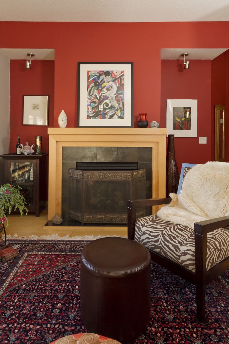 Web_living room fireplace tight.jpg