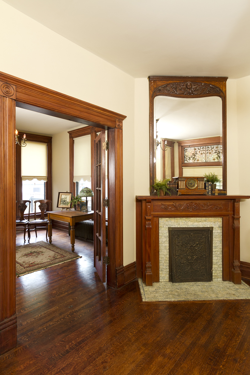 Web_living room fireplace.jpg