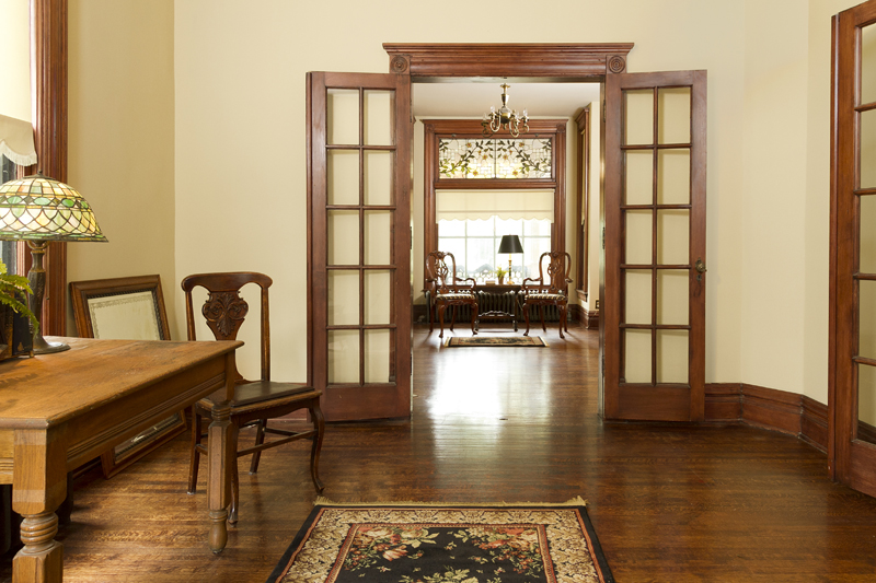 Web_palor to living room.jpg