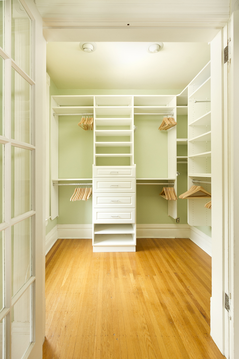 Web_walk in closet.jpg