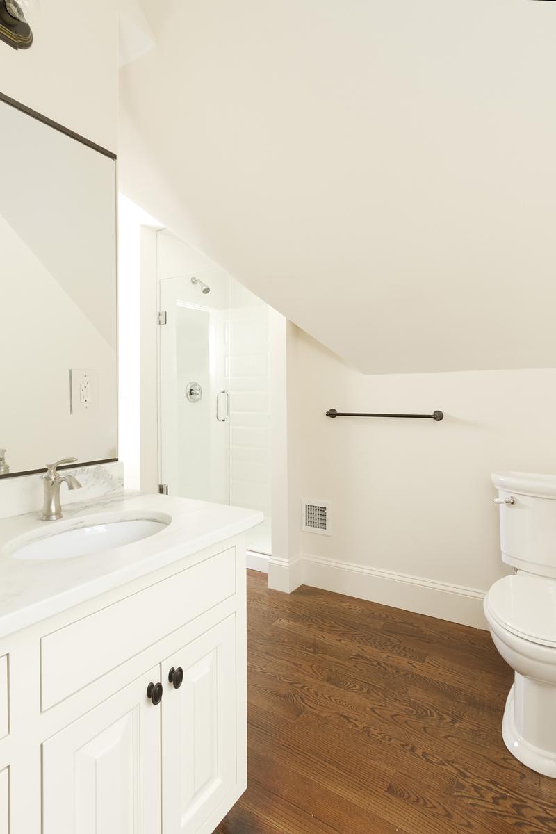 Web_3rd floor bathroom.jpg