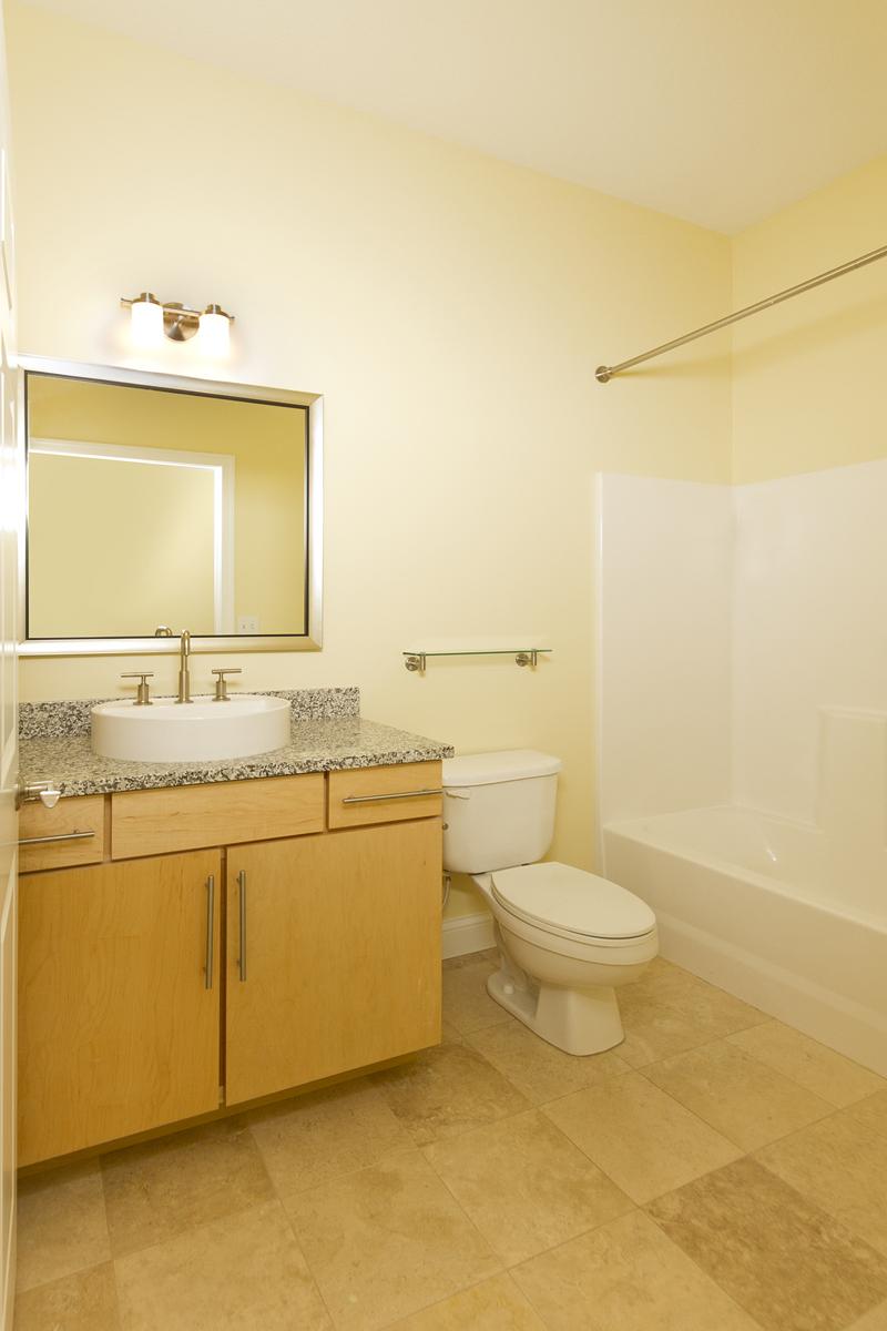 Web_bathroom 1.jpg