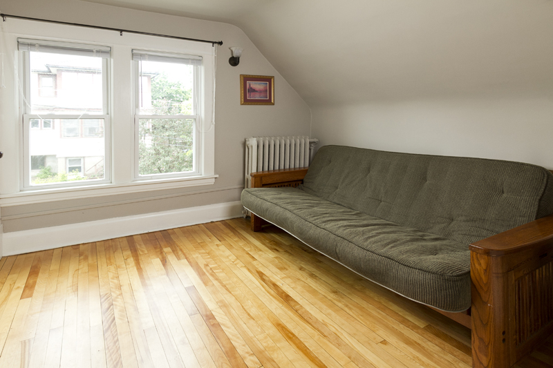 web_futon room.jpg
