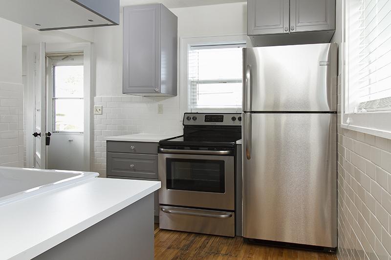 web_kitchen horz 2.jpg