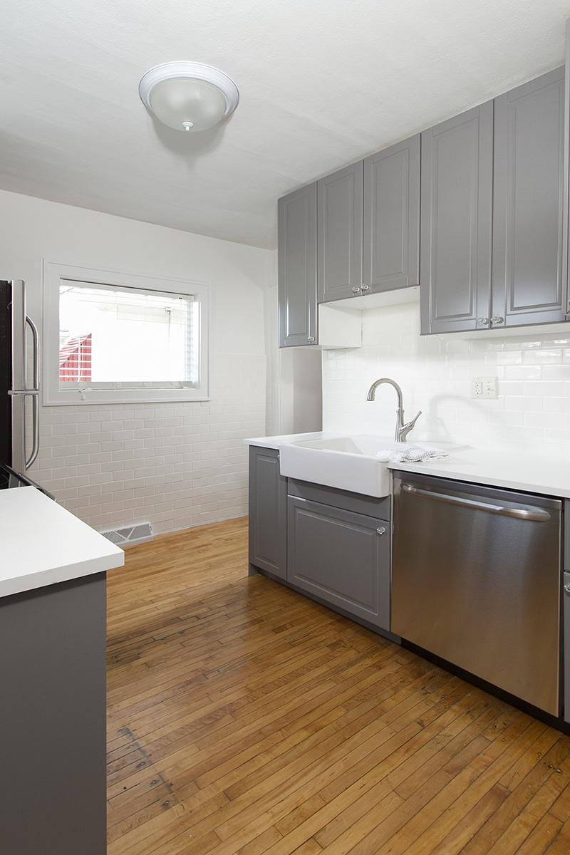 web_kitchen vert 1.jpg