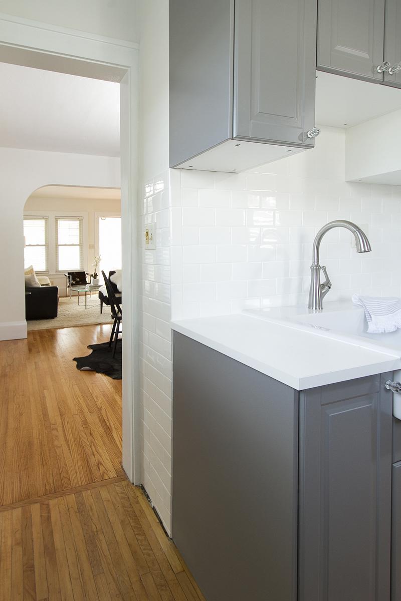 web_kitchen sink to dining.jpg