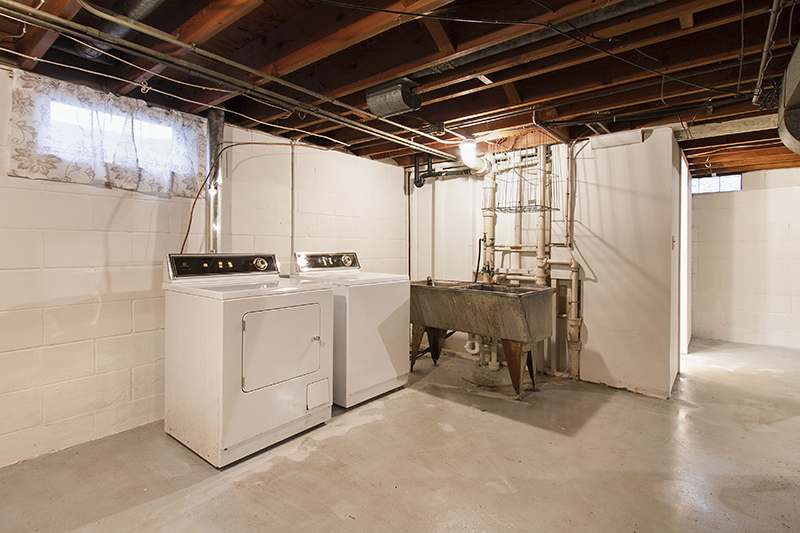 web_laundry room.jpg