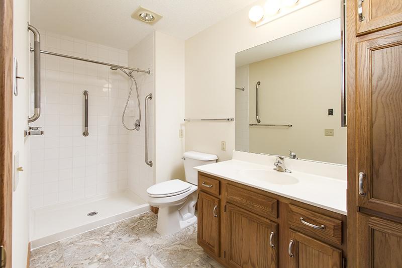 web_bathroom 2.jpg