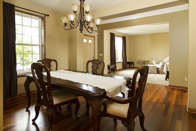 web_dining to living room.jpg
