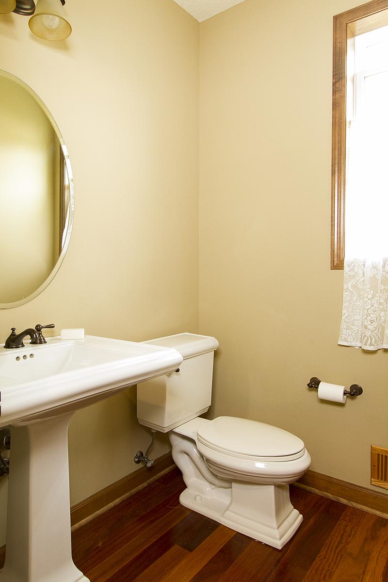 web_bathroom powder.jpg