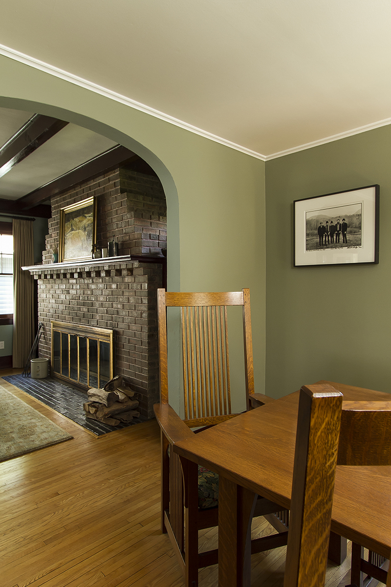 web_dining to fireplace vert.jpg