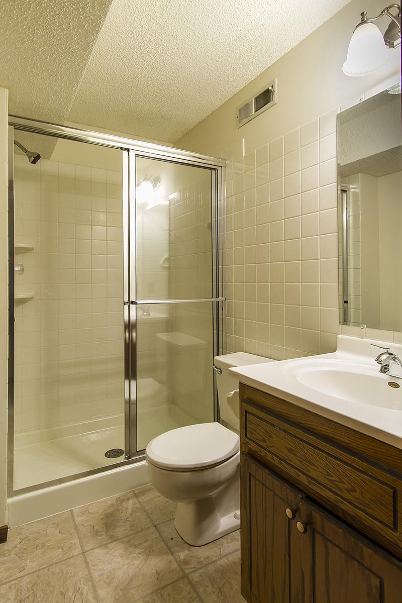 web_bathroom.jpg