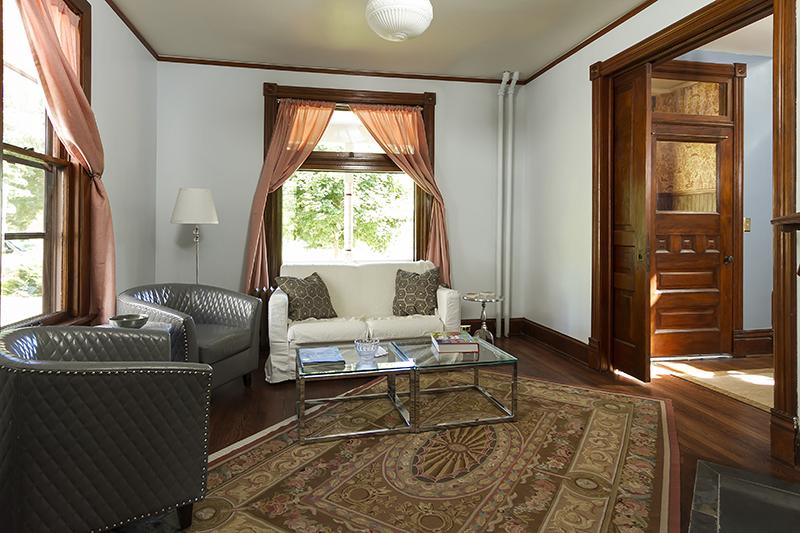 web_living to foyer 2.jpg