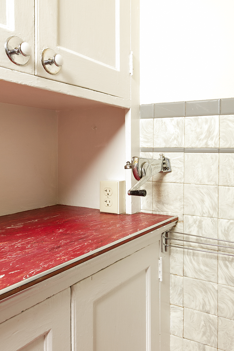 web_kitchen can opener.jpg