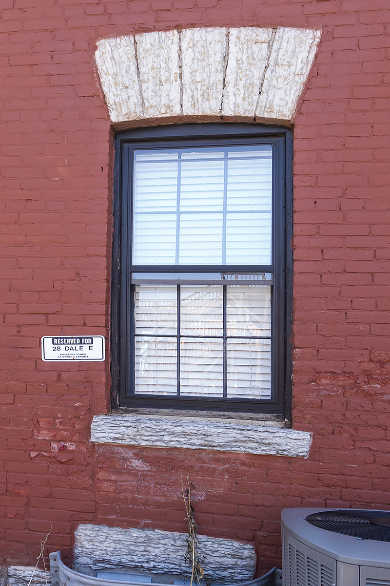web_parking sign.jpg