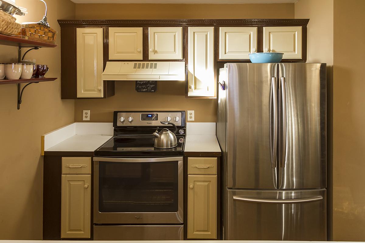 web_stainless steel appliances.jpg