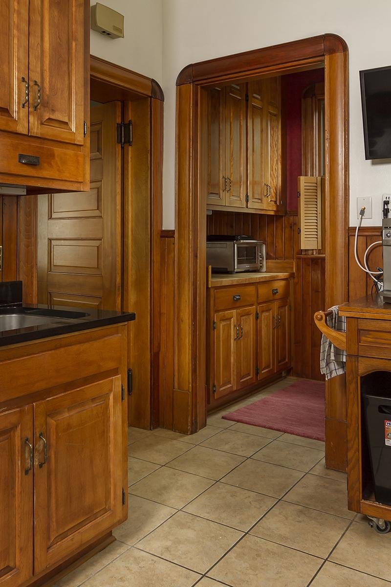 web_kitchen pantry.jpg
