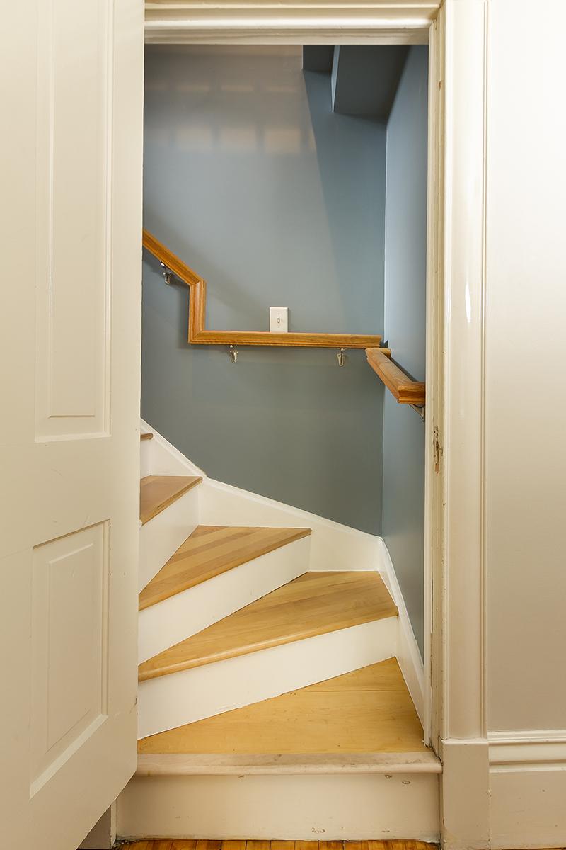 web_stairs to third floor.jpg