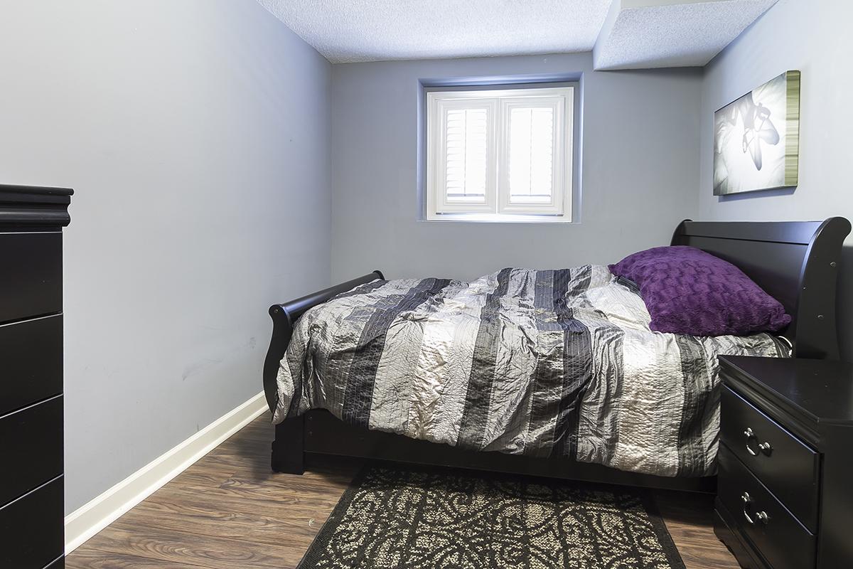 web_bedroom lower.jpg