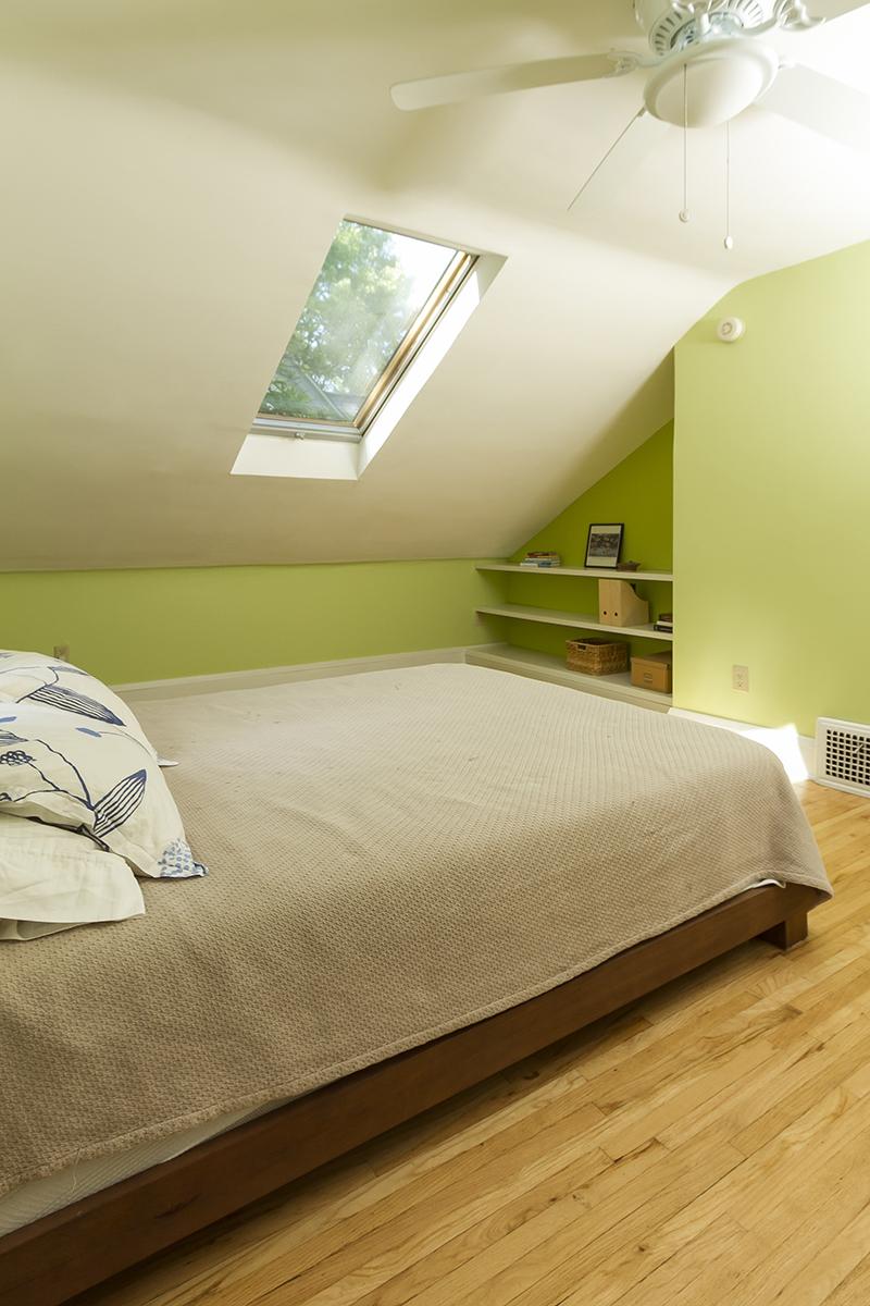 web_bedroom skylight.jpg