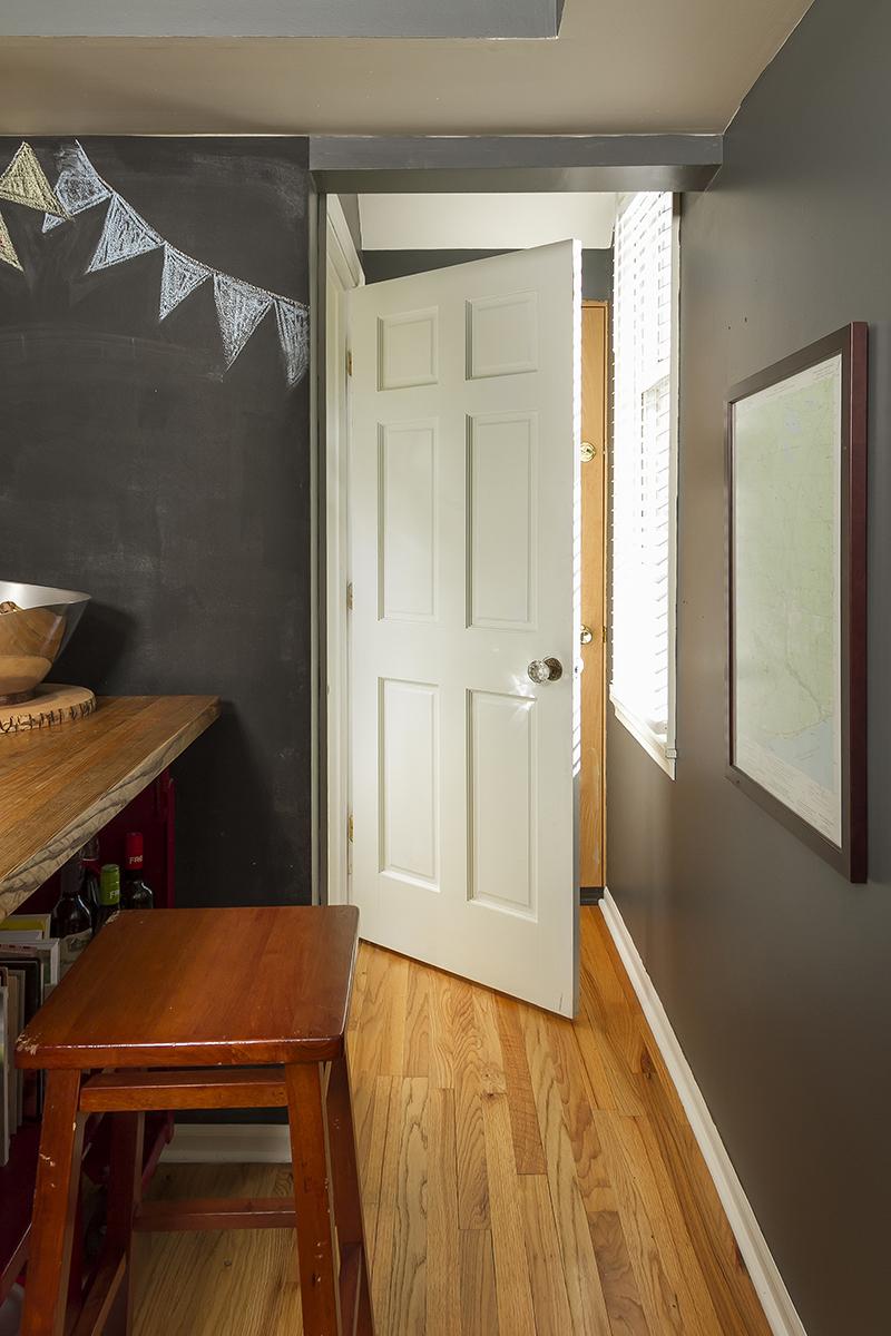 web_bathroom main door.jpg
