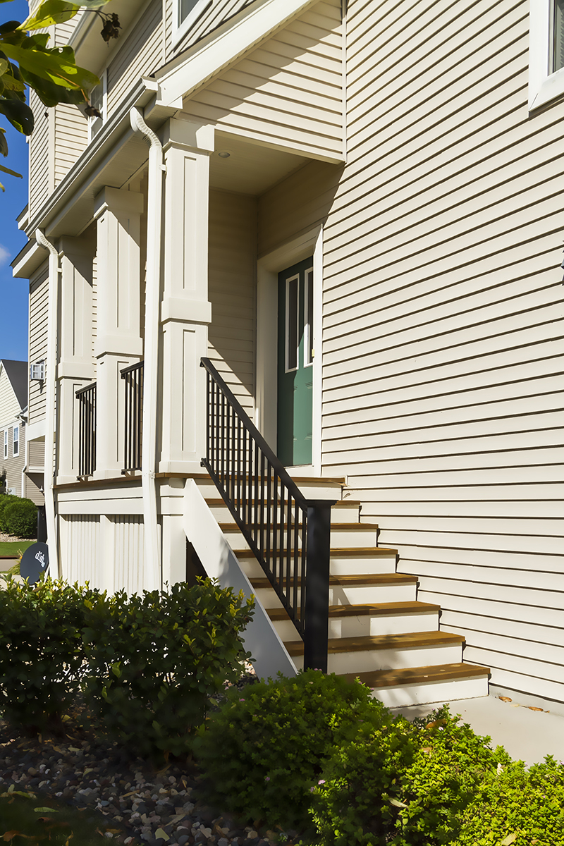 web_front door staircase.jpg