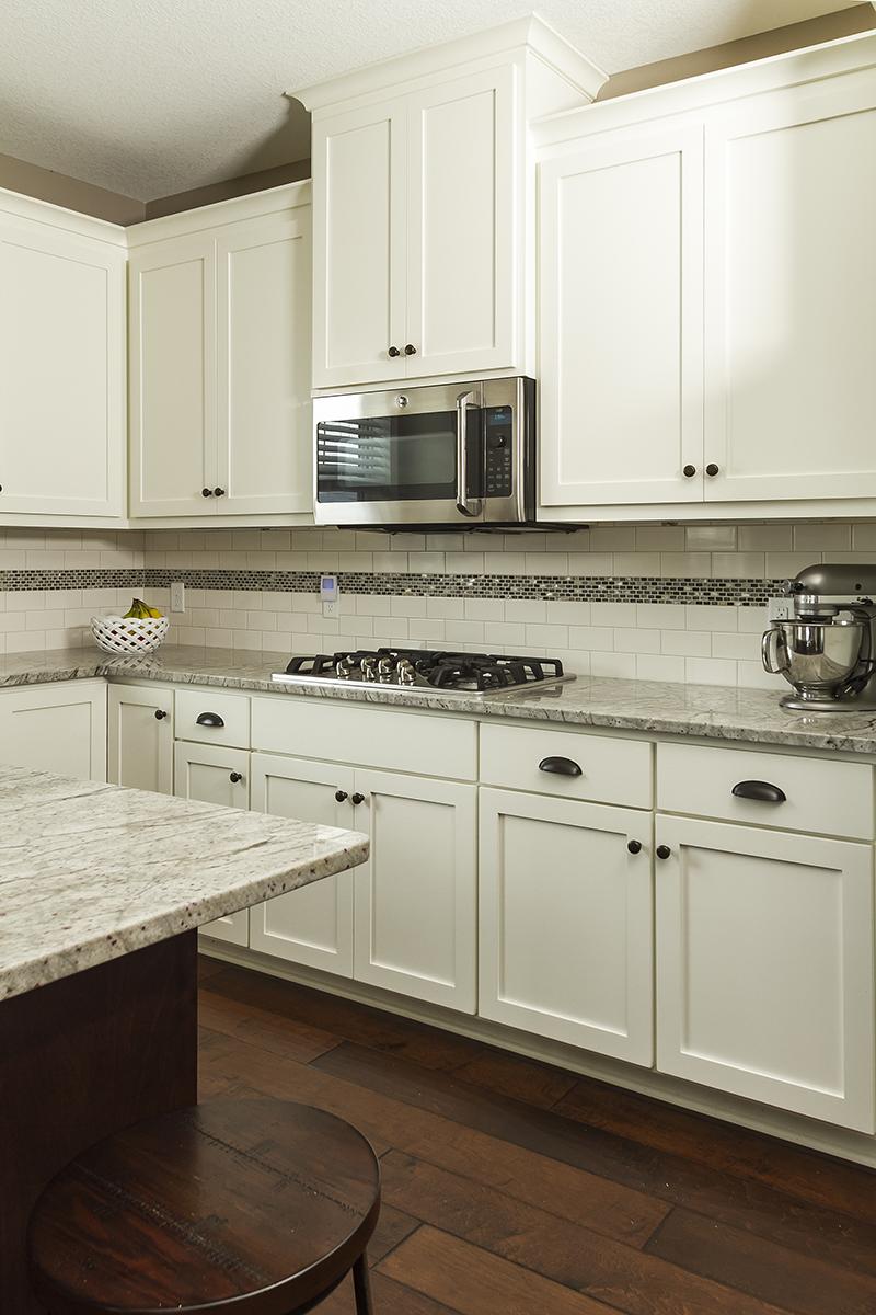 web_kitchen cooktop.jpg