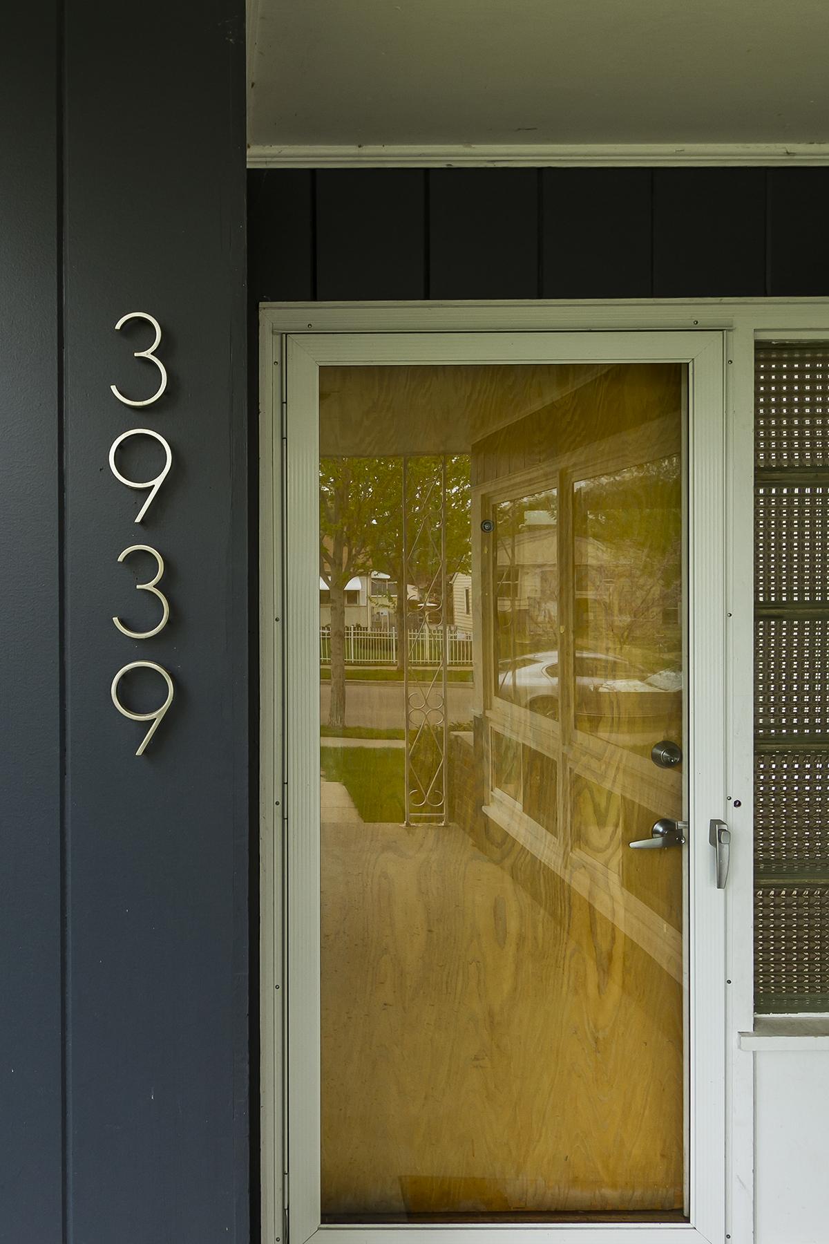 web_front door numbers.jpg