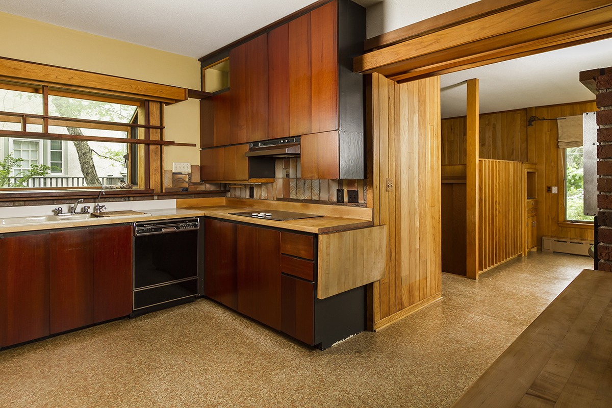 web_kitchen to family room.jpg
