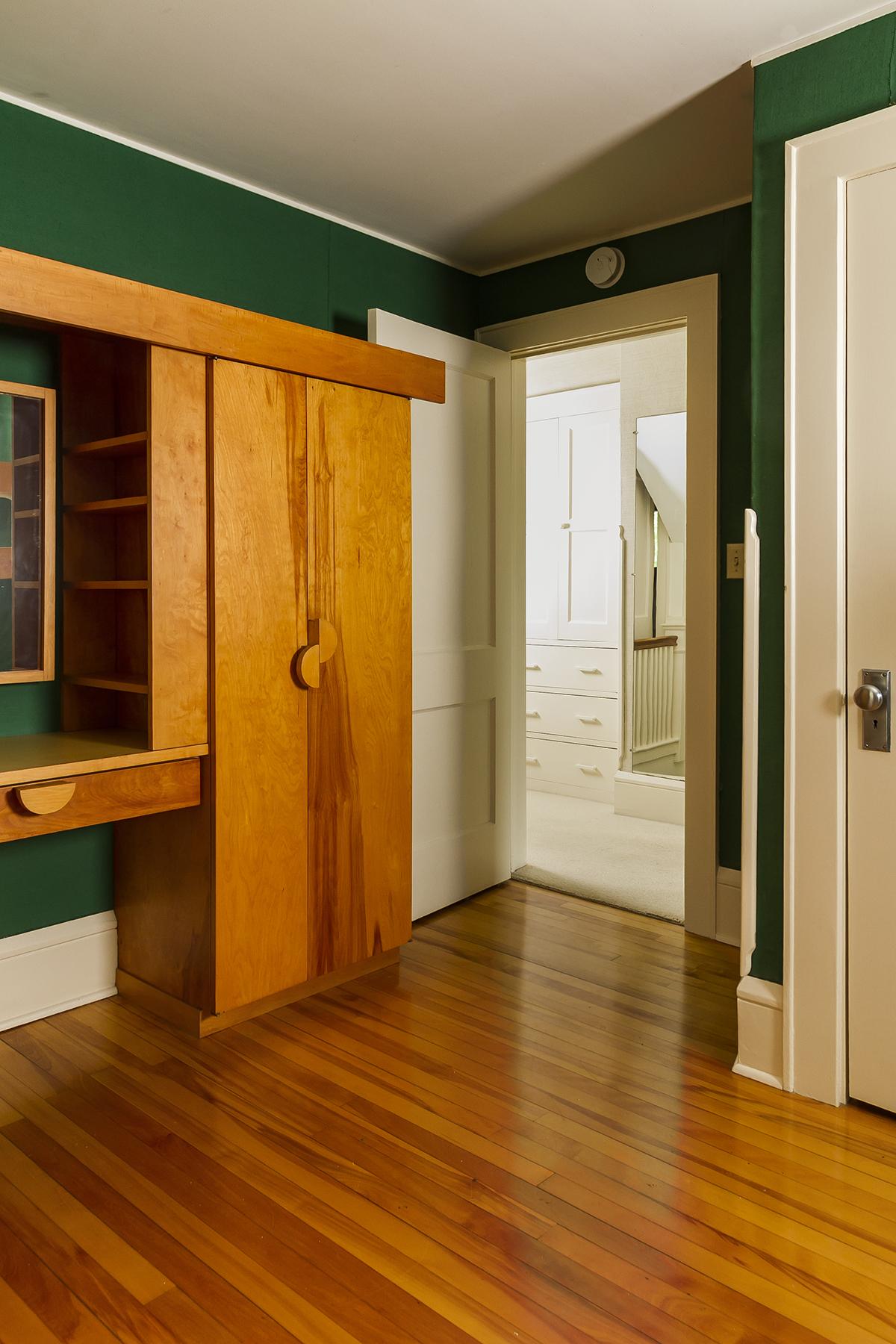 web_bedroom 3.jpg