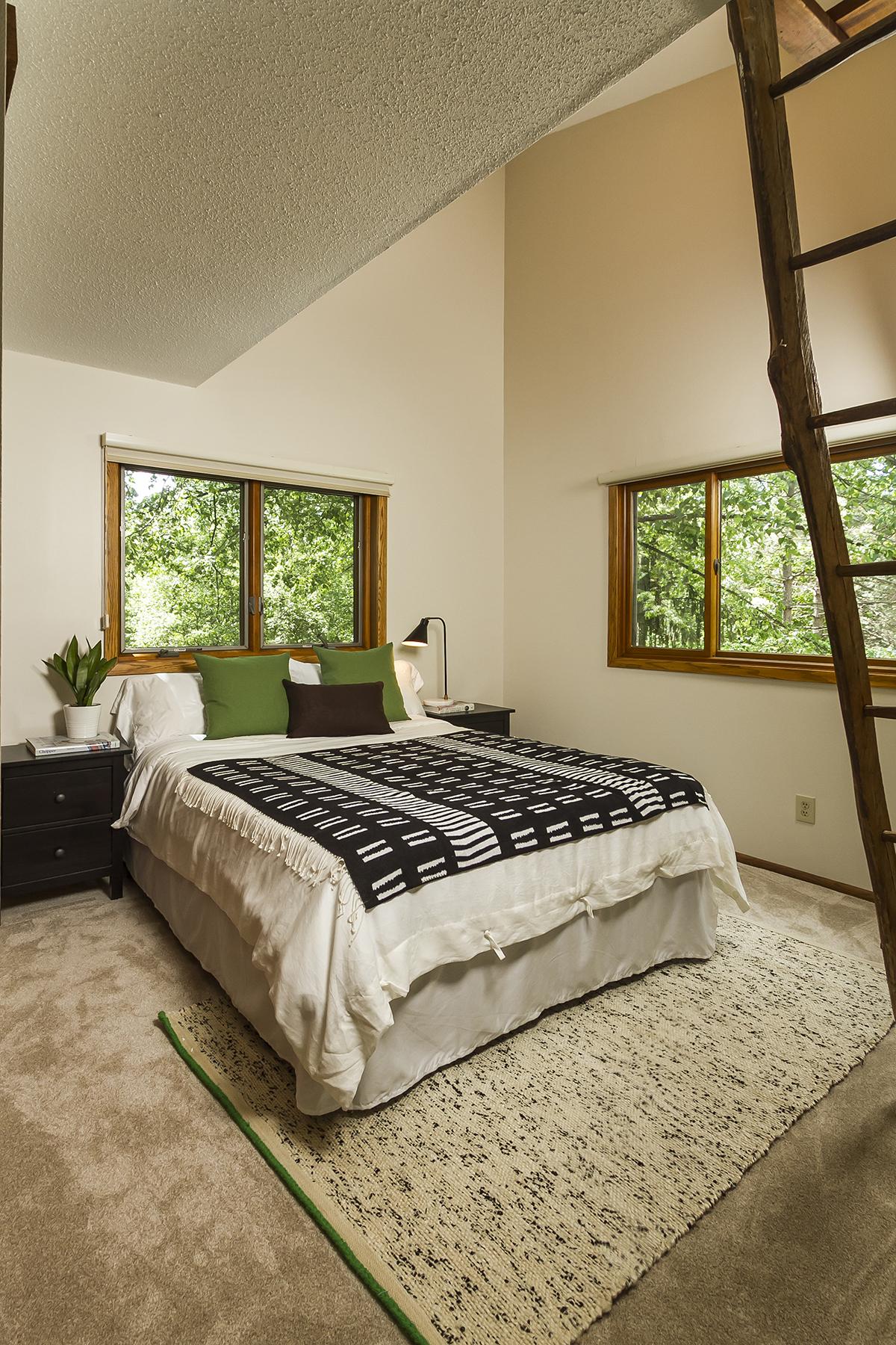 web_bedroom loft.jpg