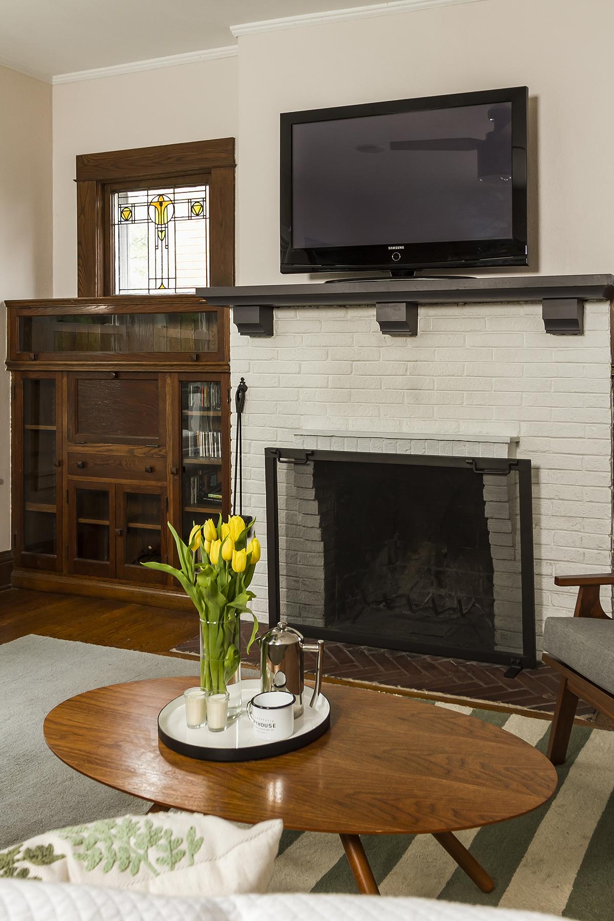 web_living fireplace_v1_current.jpg