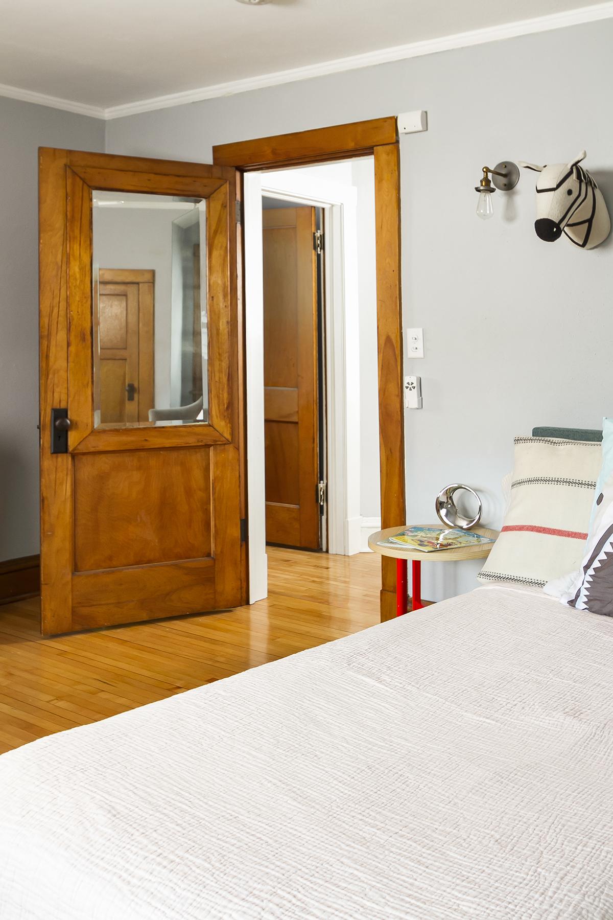 web_bedroom 2_v1_current.jpg