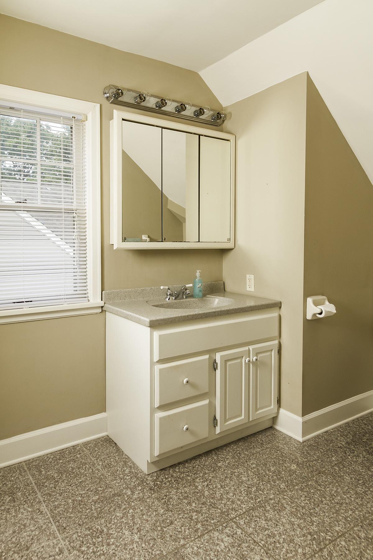 web_bathroom upper vanity.jpg
