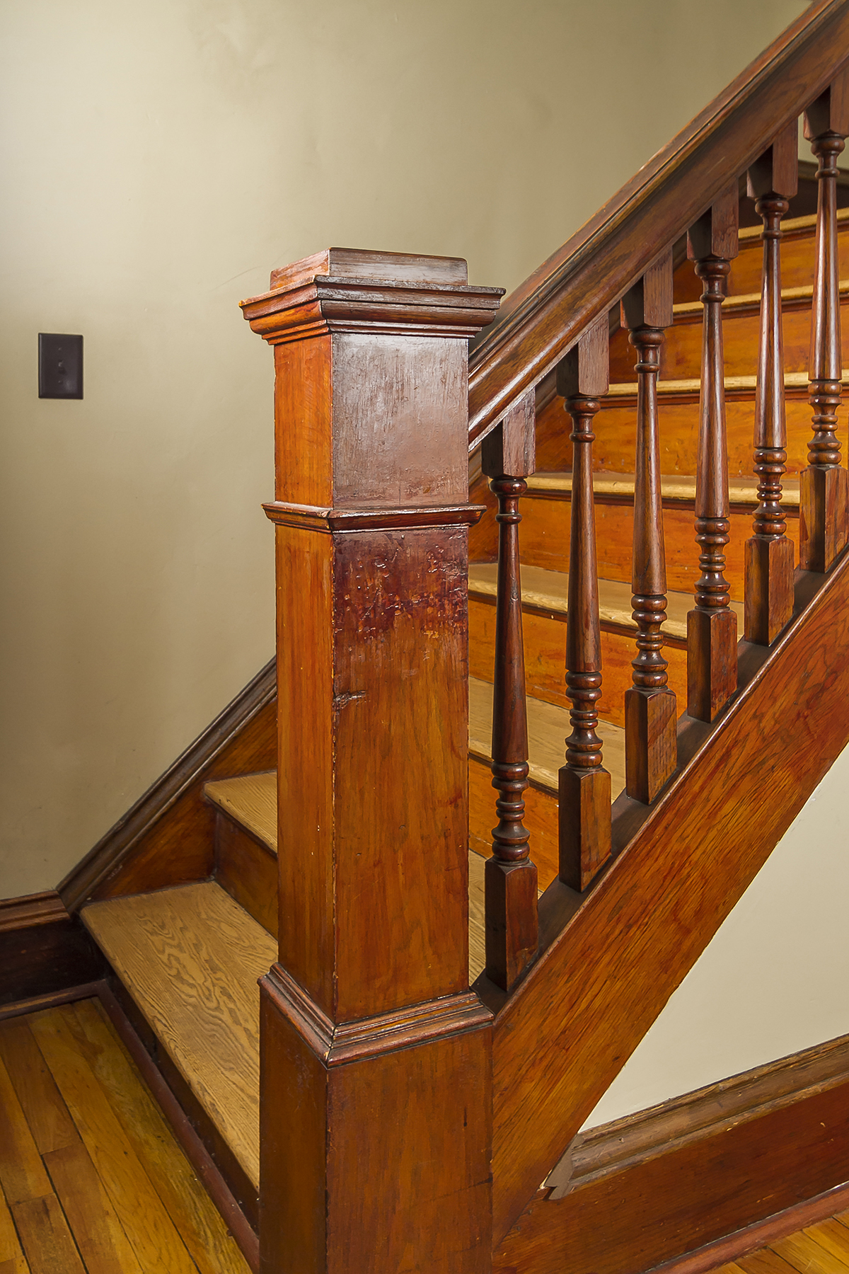 web_stairs tight.jpg
