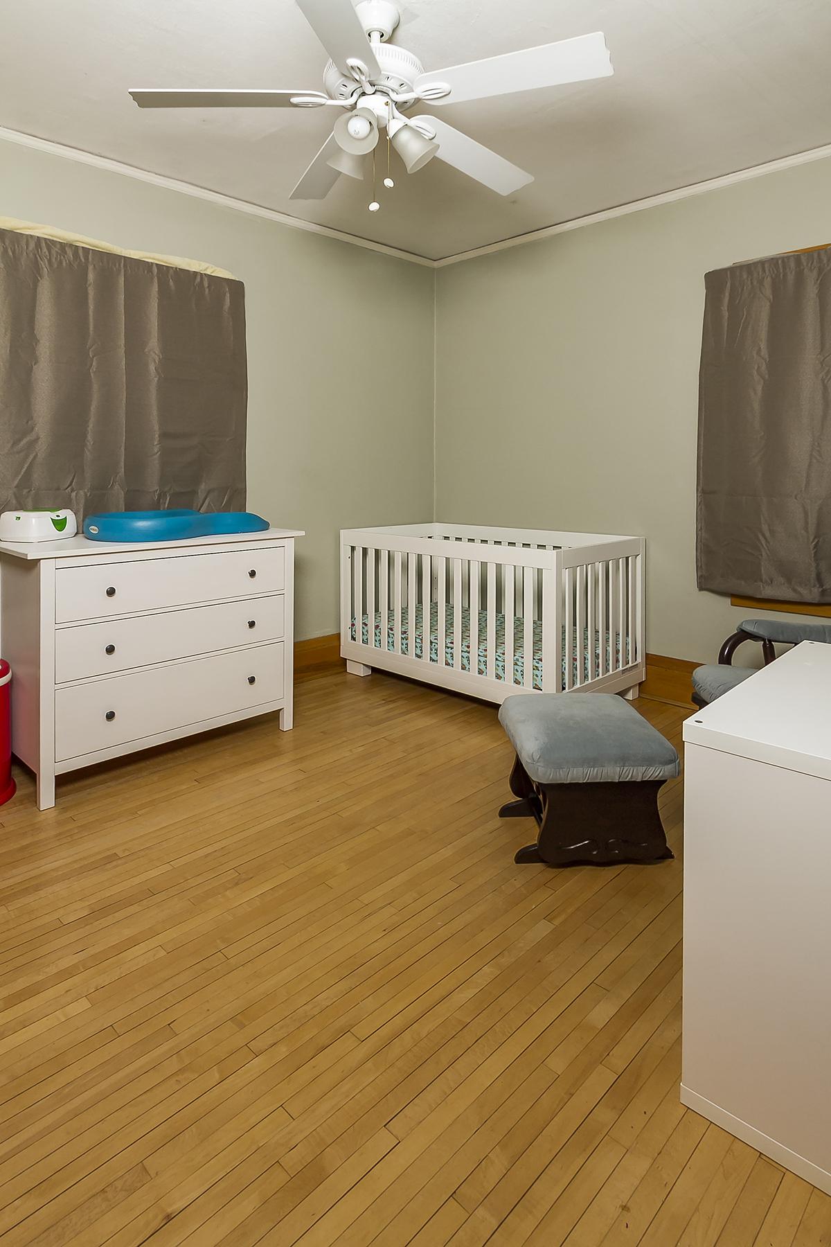 web_bedroom 1.jpg