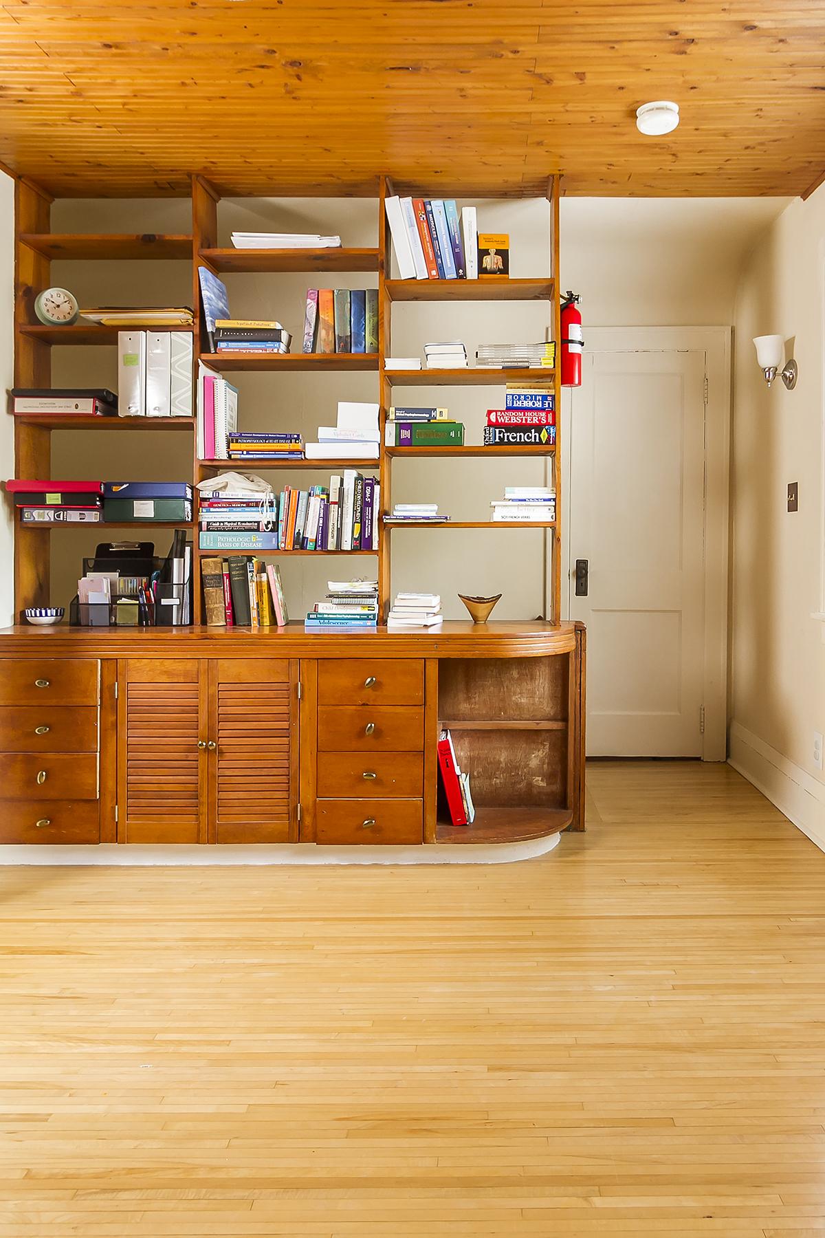 web_bedroom upper bookshelf vert.jpg