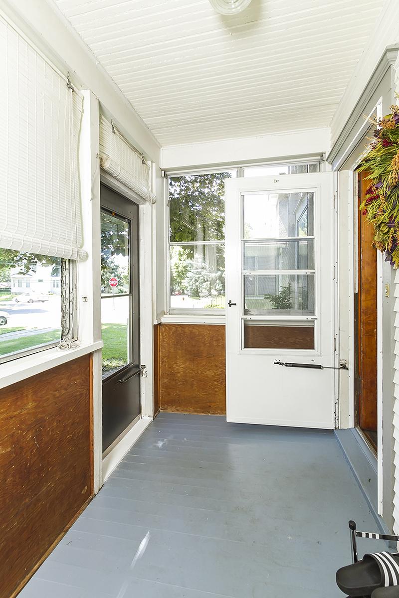 web_front porch.jpg