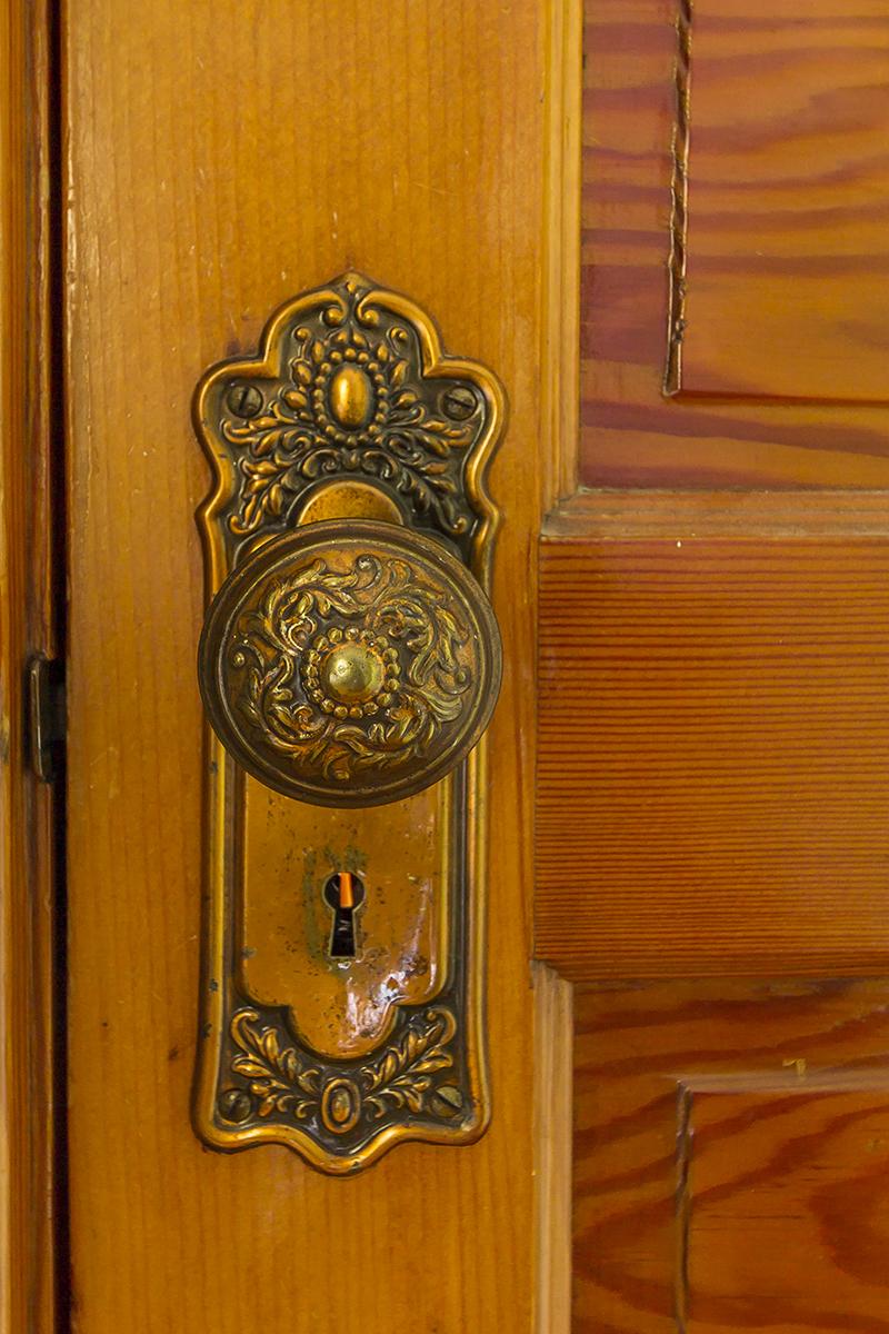 web_door knob 1.jpg