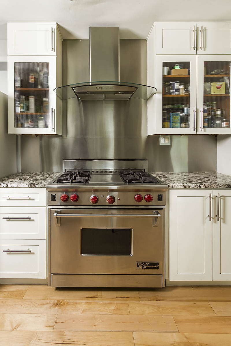 web_kitchen stove.jpg