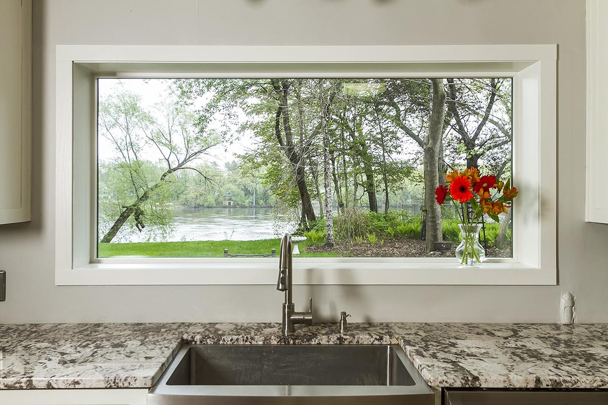 web_kitchen view horz.jpg