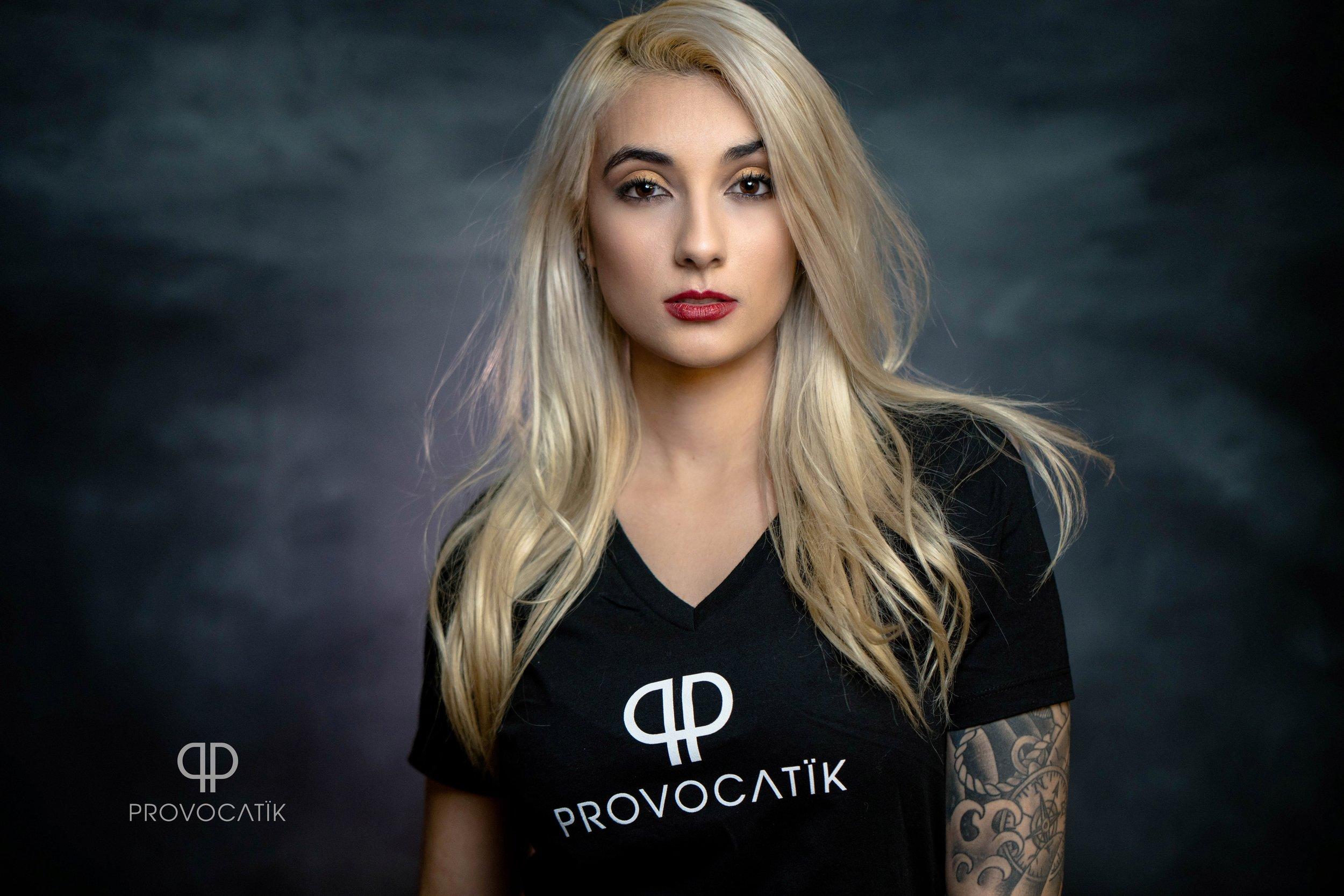 studio delensmode fashion portrait photographer