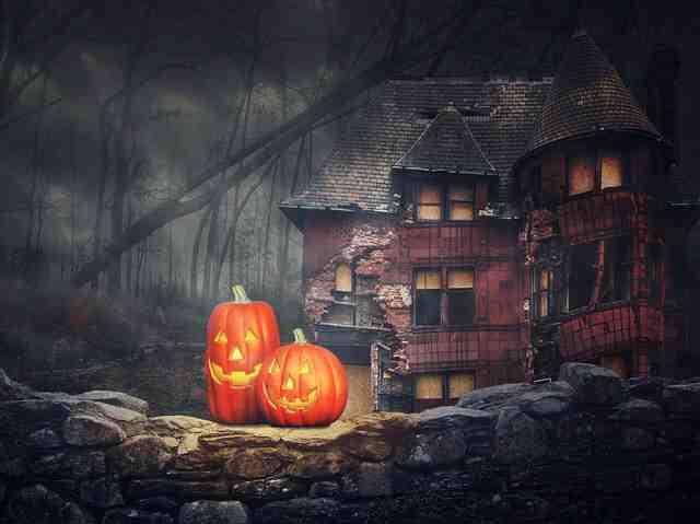#HalloweenSafety #SMCalgary25