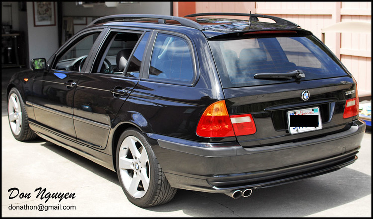 BMW E46 325i Touring Wagon - Matte Black Window Trim Car Wrap