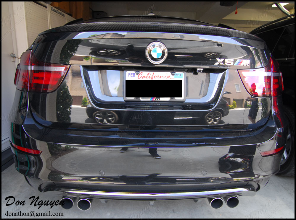BMW X6M SUV - Tinted / Smoked Rear Tail Lights vinyl Car Wrap