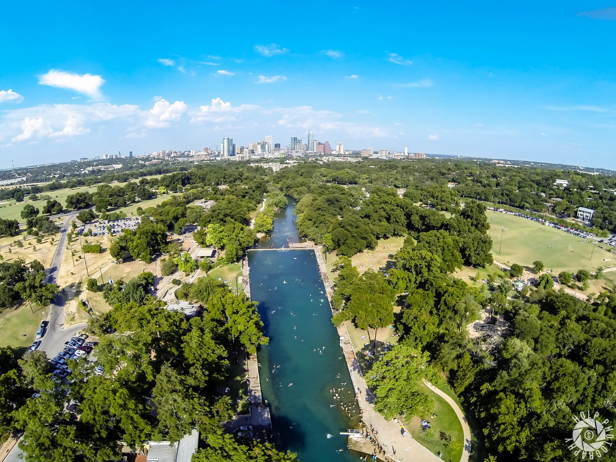 Barton Springs Pool ( Austin Texas )