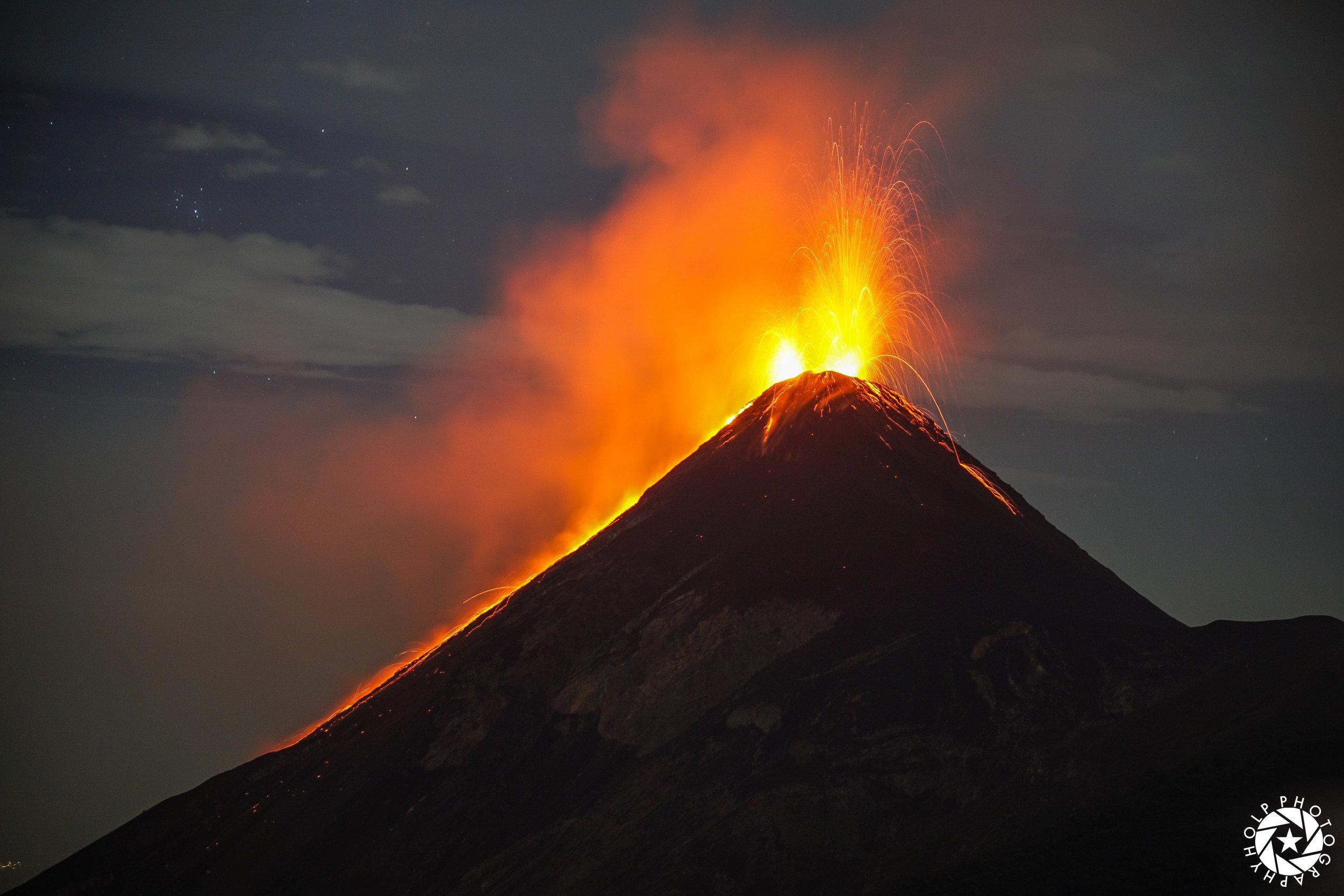 Volcano-Fuego-Antigua-Guatemala.jpg