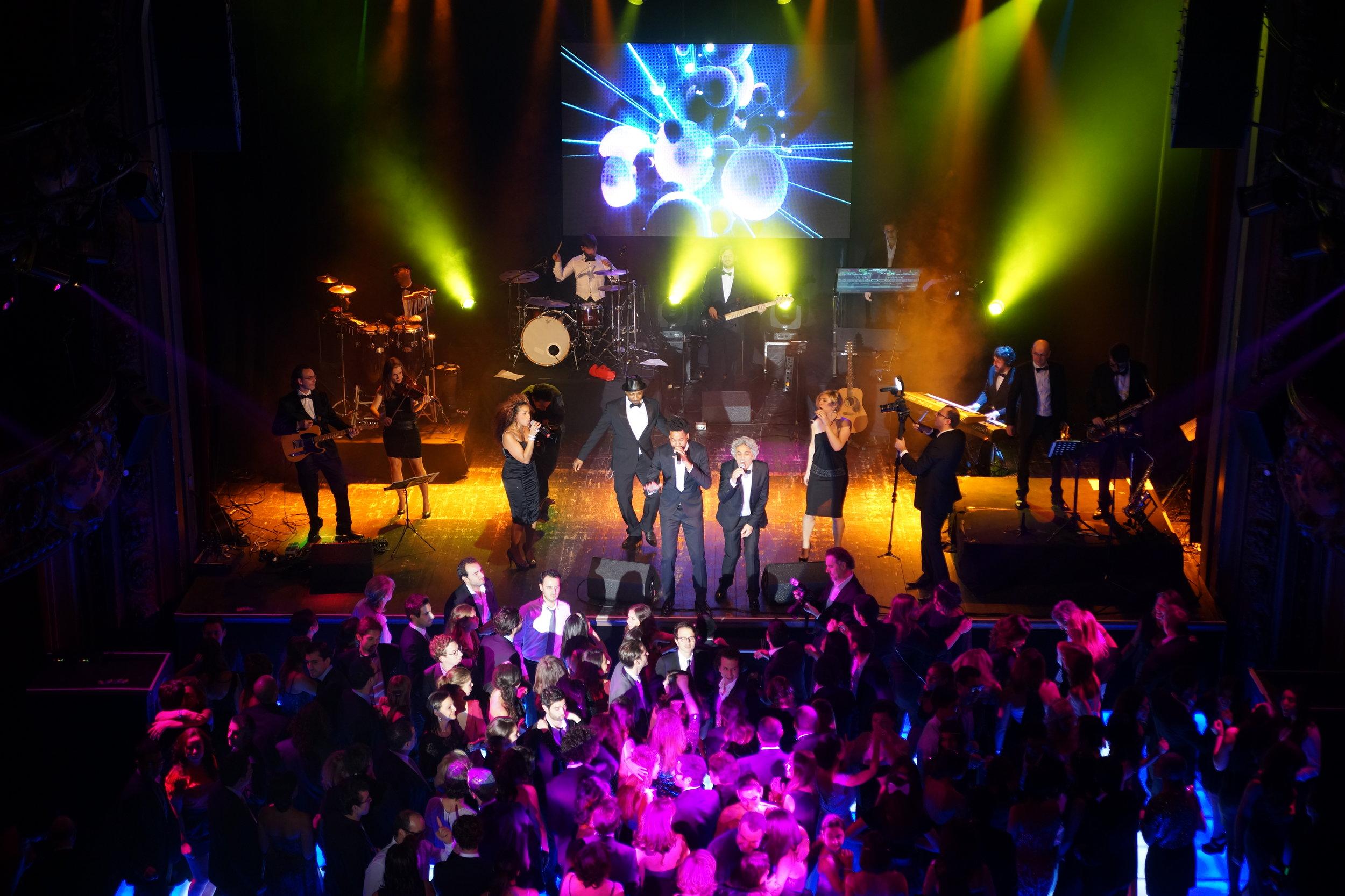 Orchestre live au cours d'un gala d'entreprise à Paris